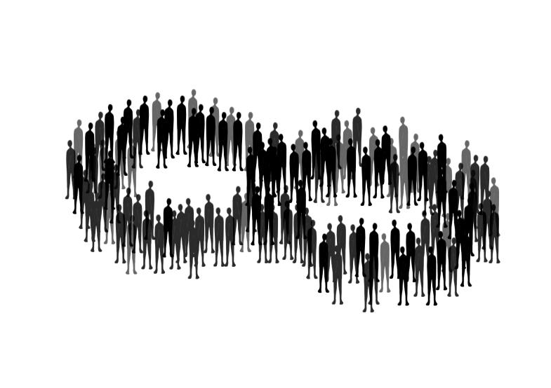multitud8